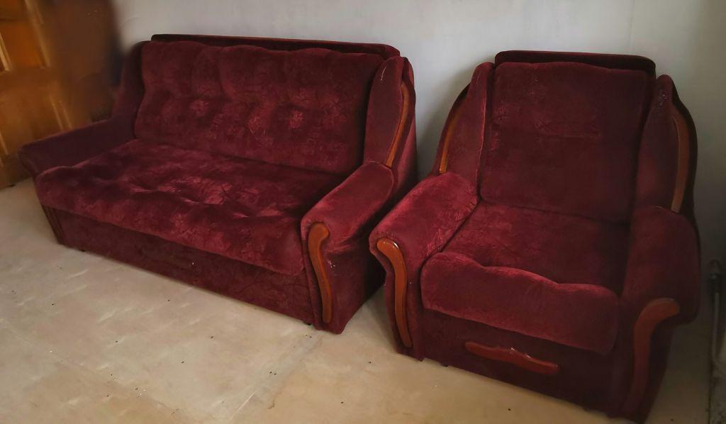 Продам диван-кровать и кресло-кровать.