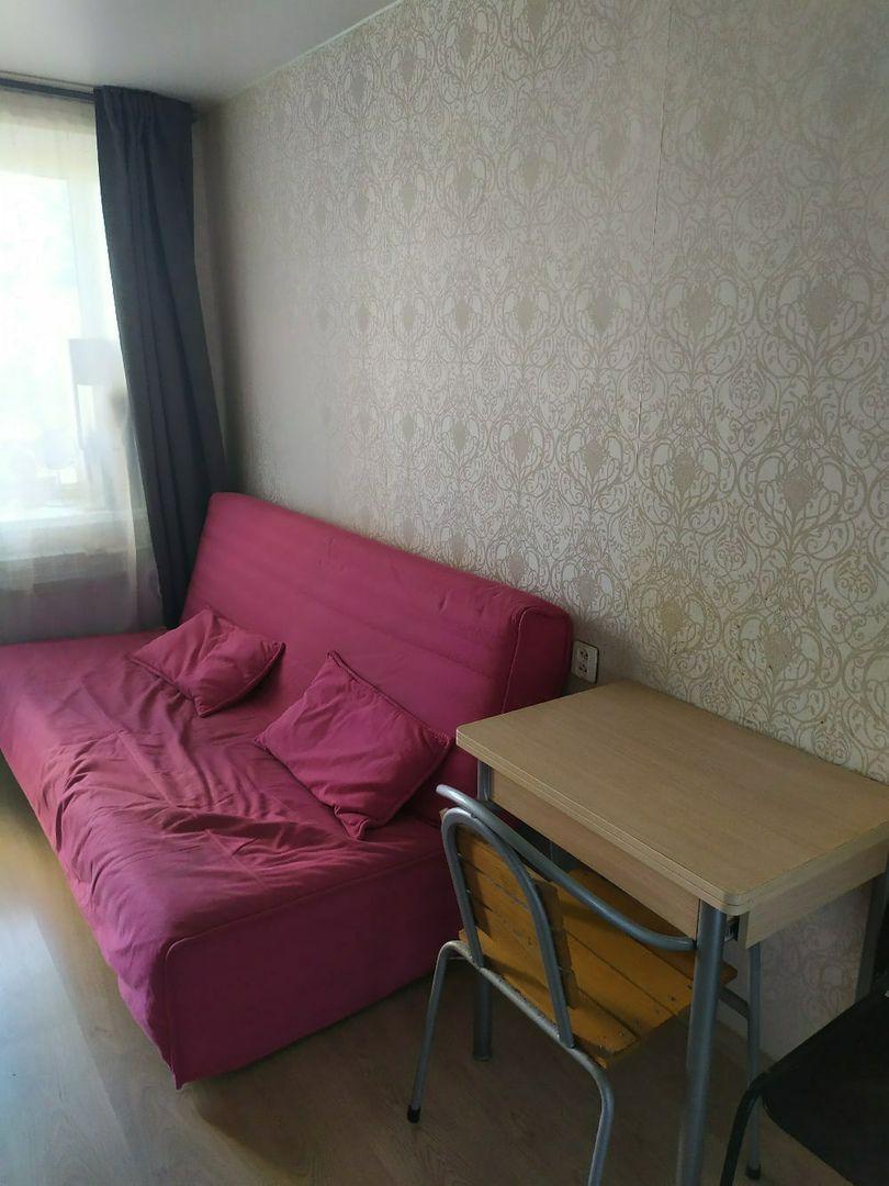 Сдается комната12,5м. Колпино.Заводской пр.38