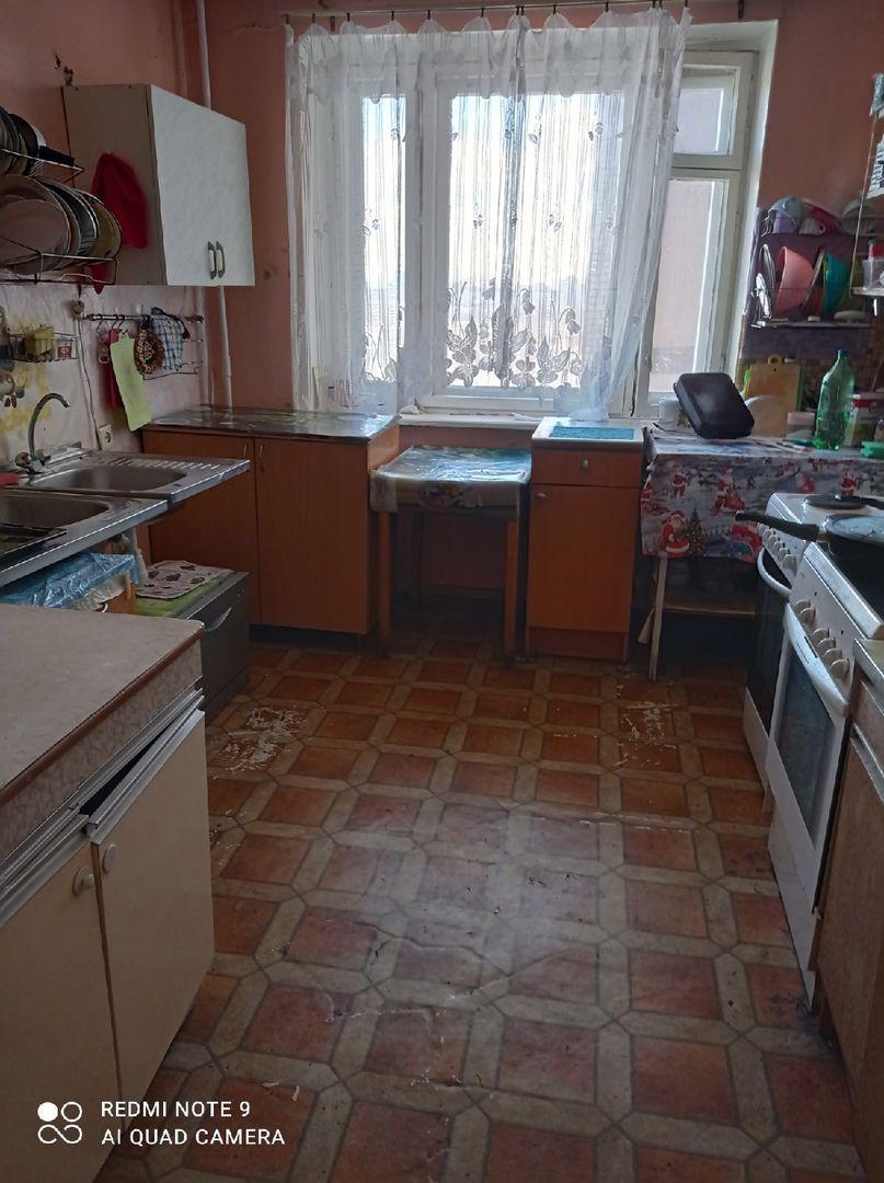 Сдается комната 12.5м. Колпино. Заводской пр. 62