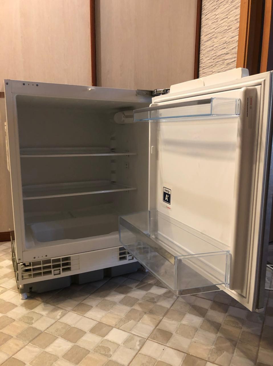 Встраиваемый холодильник bosch KUR15A50RU